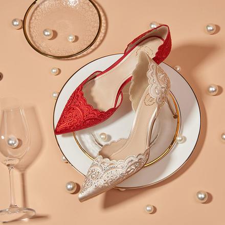 73Hours女鞋Mera湄拉中式刺绣烫钻红色婚鞋秀禾鞋