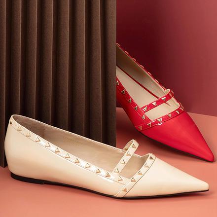 Laber Three20新款女鞋铆钉装饰浅口平底尖头婚鞋