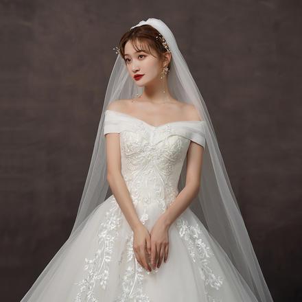 初心?韩式简约显瘦一字肩轻婚纱?送三件套