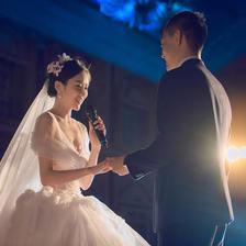 婚礼上献给新人的歌