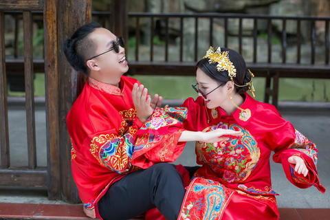 2020最受欢迎的中式婚纱照礼服