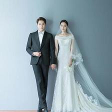 拍可爱韩式婚纱照穿什么