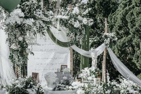 英歌石绿谷户外婚礼庄园