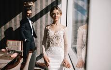 结婚时新娘穿几套衣服