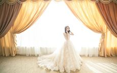 结婚当天新娘穿两套衣服行吗