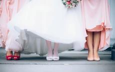 新娘礼服搭配什么鞋子