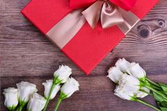 送礼物的祝福语 简短走心寓意又好的祝福语
