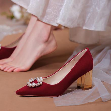 红色婚鞋女粗跟新娘鞋子 新款冬季绒面高跟鞋结婚礼服伴娘单鞋