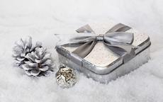 送男生的生日礼物送什么比较适合?