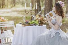 新娘礼服颜色搭配技巧