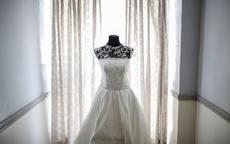 身材娇小的女生适合婚纱小礼服吗