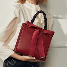简佰格【品牌专供】时尚蝴蝶结大容量红色新娘婚包手提包