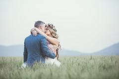 男属猪和女属羊的婚姻怎么样 女羊男猪婚姻是否相配
