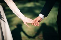 婚假请假条简短版范文