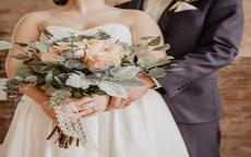 街拍婚纱照在室内拍还是室外拍