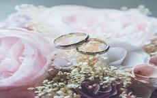 求婚戒指的正确戴法