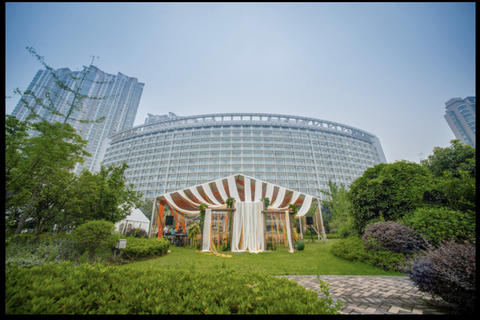 世茂滨江希尔顿酒店