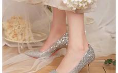 穿婚纱配什么鞋子好看 婚纱穿什么鞋子最合适