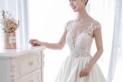 缎面婚纱适合什么婚礼现场 室内结婚穿缎面婚纱好吗