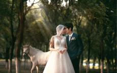 婚纱照相册排版设计需要注意什么