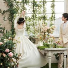 结婚照大框一般选什么照片