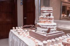 订婚蛋糕多大尺寸合适
