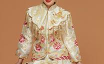 金色秀禾服妆容描述