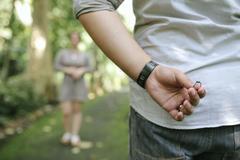 订婚仪式求婚表白语录 订婚新郎求婚词