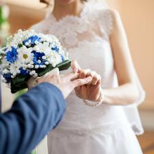 花童唱给新人的歌曲 婚礼上花童适合唱什么歌