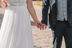 有求婚戒指还买订婚戒指吗?