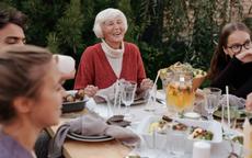 与婆婆聊天的12个绝佳话题 打开愉快聊天的正确姿势