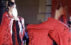 结婚用扇子遮面的却扇礼是什么朝代