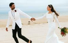 旅行结婚怎么通知亲戚朋友