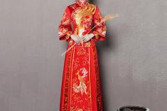 中式礼服千万别这么穿,穿错了小心变成姨太太!