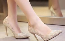 结婚鞋里放钱有什么讲究 一般放多少钱