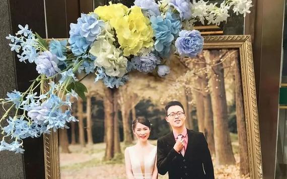 4k拍完3套婚纱照,2w搞定婚礼策划,她的婚礼真的绝了!
