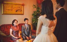 国庆节结婚妈妈穿什么衣服