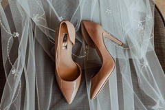 婚鞋需要准备几双