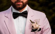结婚胸花的正确戴法 婚礼戴胸花有什么讲究