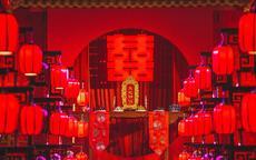 中式婚礼戴不戴胸花